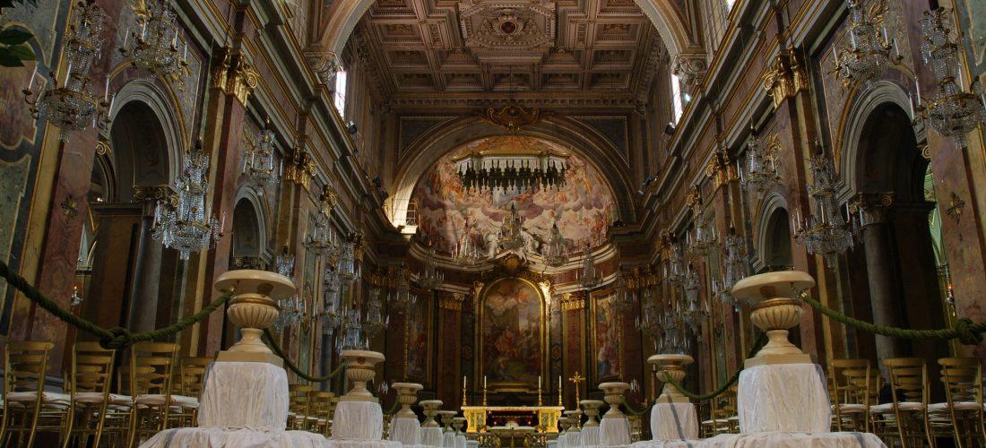 San_Giovanni_e_Paolo_interior