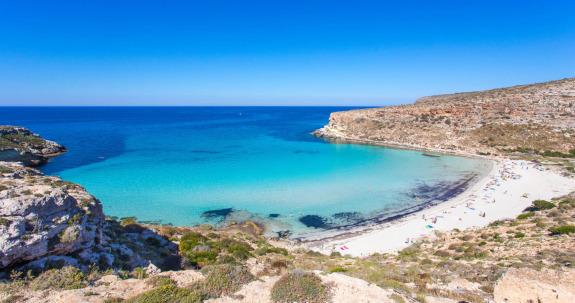 RTEmagicC_ENIT_Sicilia-Spiaggia-dei-Conigli-Lampedusa_575x313.jpg